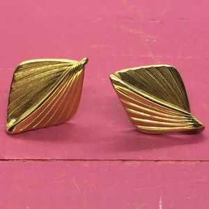 Napier vintage gold earrings